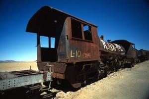 Bolivia - cimitero dei treni vicino a Uyuni