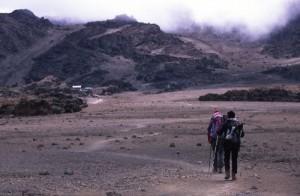 Tanzania - Kilimanjaro - il campo 4 in lontananza