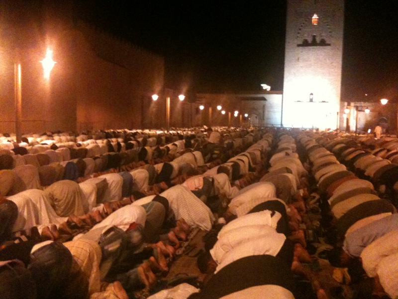 Marocco - Marrakech - preghiera alla Koutoubia