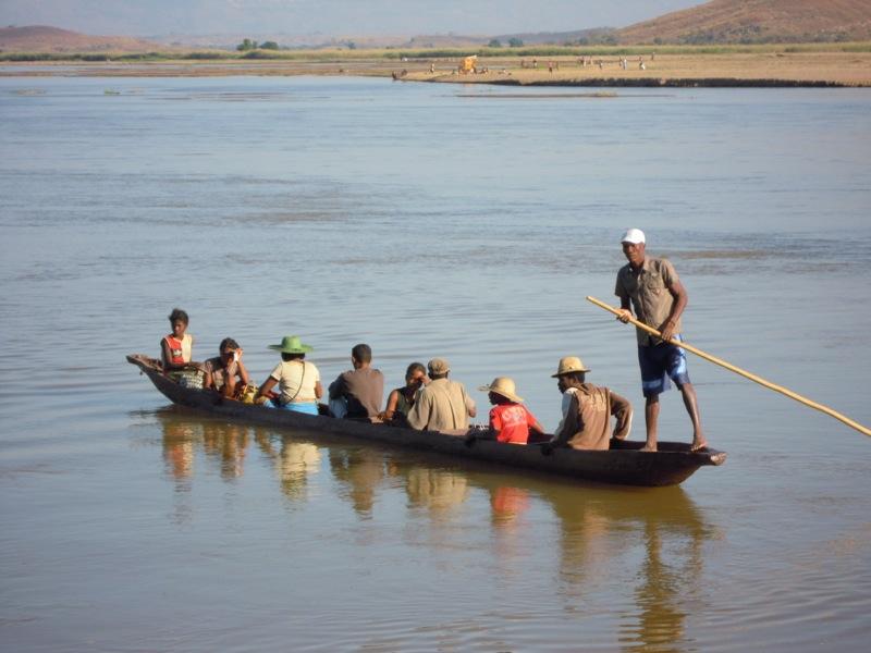 Miandrivazo - fiume Tsiribina