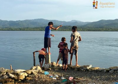 Kuna's children fishing - San Blas Islands, Panama