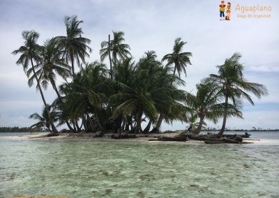 Paradise in San Blas Islands, Panama