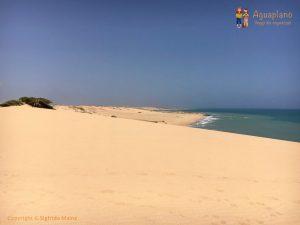 sand beach la guajira colombia 300x225 - Colombia 2017